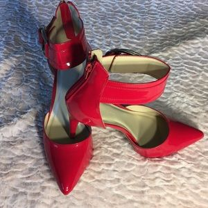 Wild Diva Lounge Red Stiletto Size 11